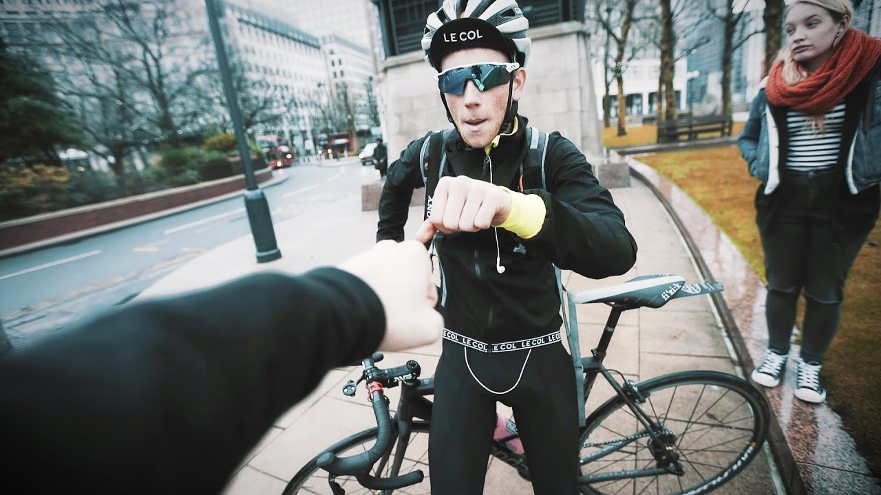 ANGRY CYCLIST ROAD RAGE