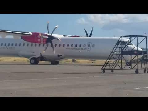 TransNusa ATR 72/600 Lending perdana di bandara Eltari Kupang