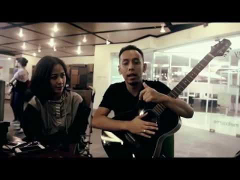 Astrid feat Pongki Barata - Bahagia Melihatmu Dengannya - Pongki Barata Meets the Stars