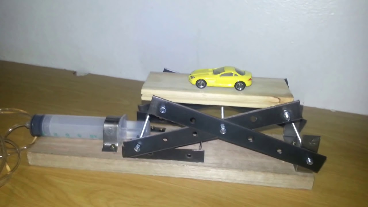 Building a Model Hydraulic Knuckle Crane *