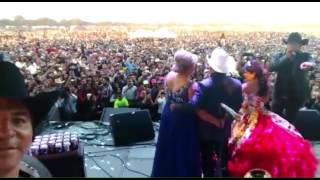 Marco Flores y su Banda Jerez abren el baile en los XV de Rubí