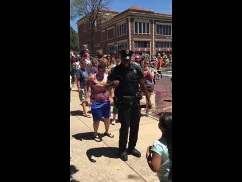 Dancing Cop in Dodge City KS going viral!