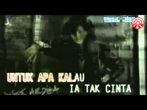 Nike Ardilla - Mama Aku Ingin Pulang [Official Music Video]
