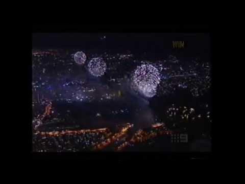 Sydney NYE2004 - 'Reflections On Australiana' - Midnight Fireworks