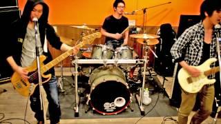 UCHMO ミュージックビデオ.
