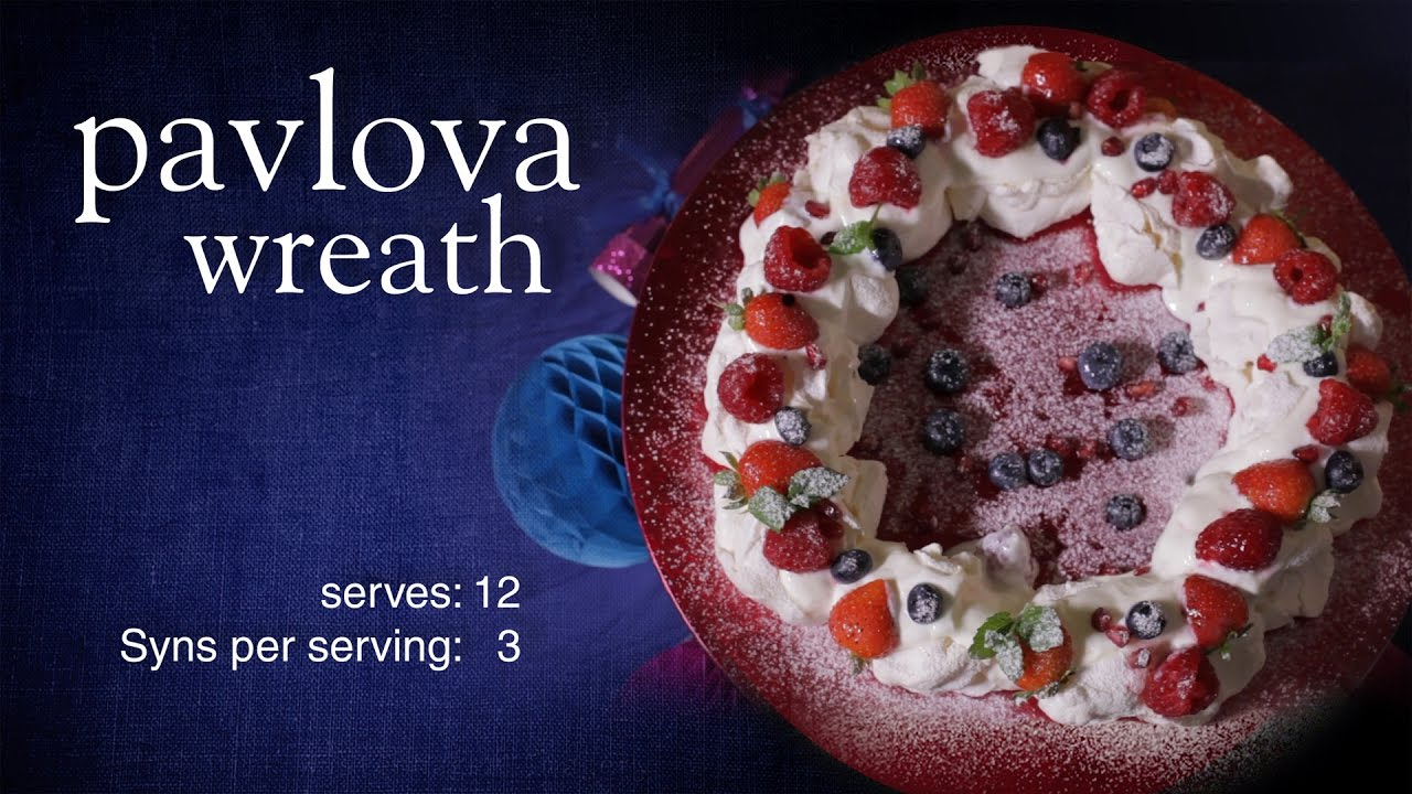 Slimming World Christmas pavlova wreath - YouTube