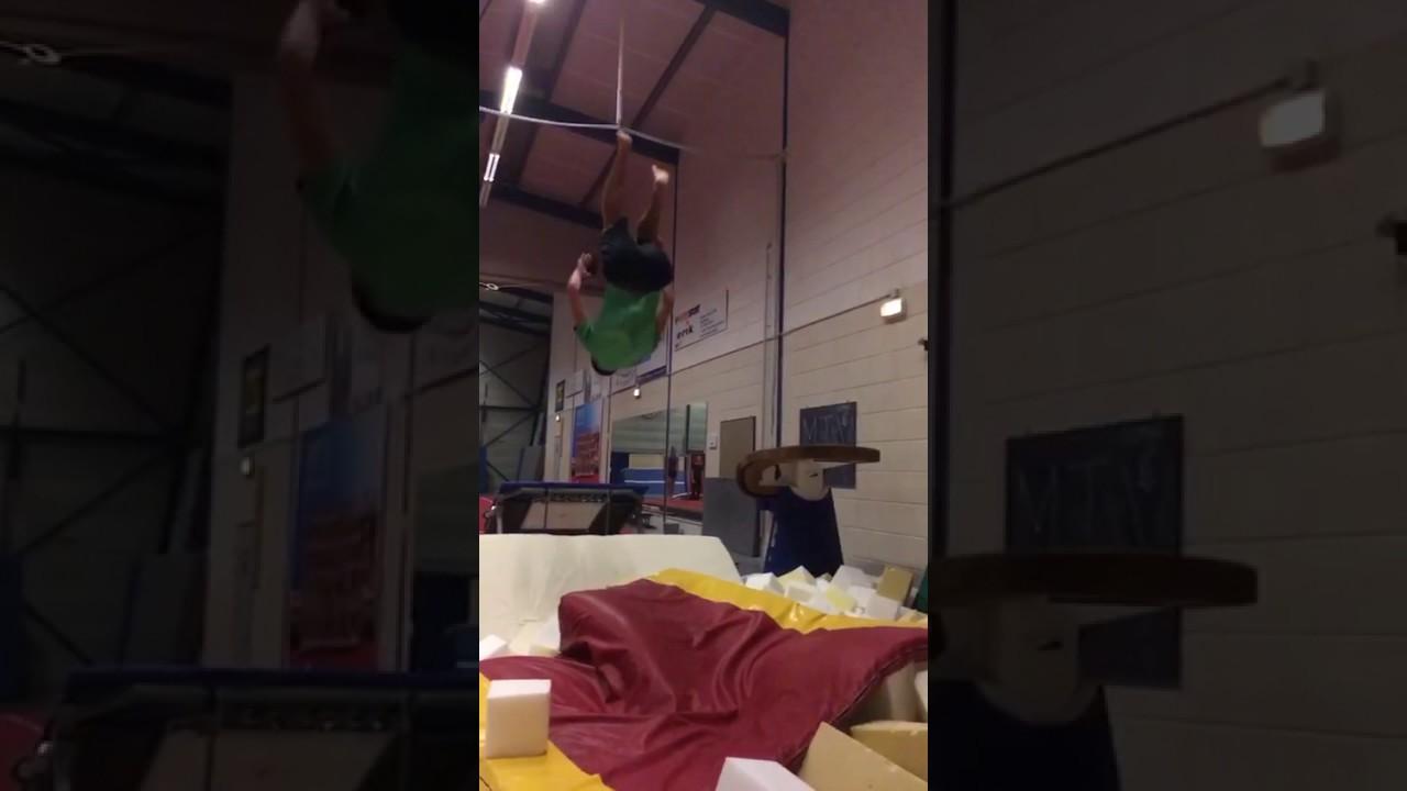 Quint/Justin de Pagter, dubbele salto - YouTube