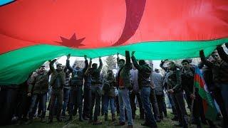 Азербайджанская оппозиция объединилась против досрочных выборов
