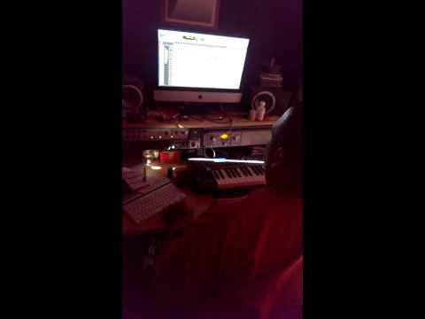 Crazy diligent-man a steppa Jamaica(preview)