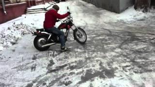 Зимний скутер-дрифт