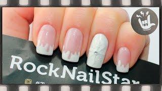 Дизайн ногтей гель лаком с трафаретами RockNailStar. Маникюр со снежинкой. Необычный френч