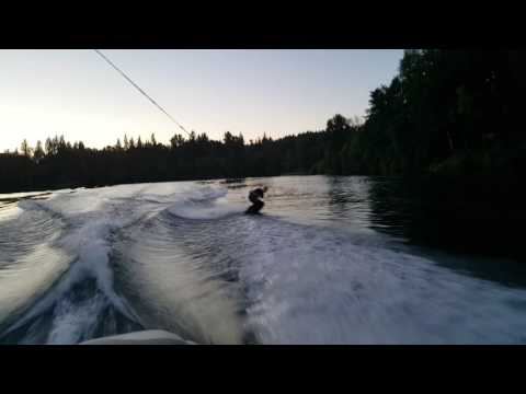 Im Wakeboarding on the Willamette River!