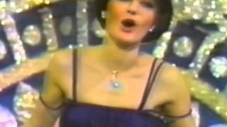 Googoosh - Hamsedaye Khoobam(Official Video)