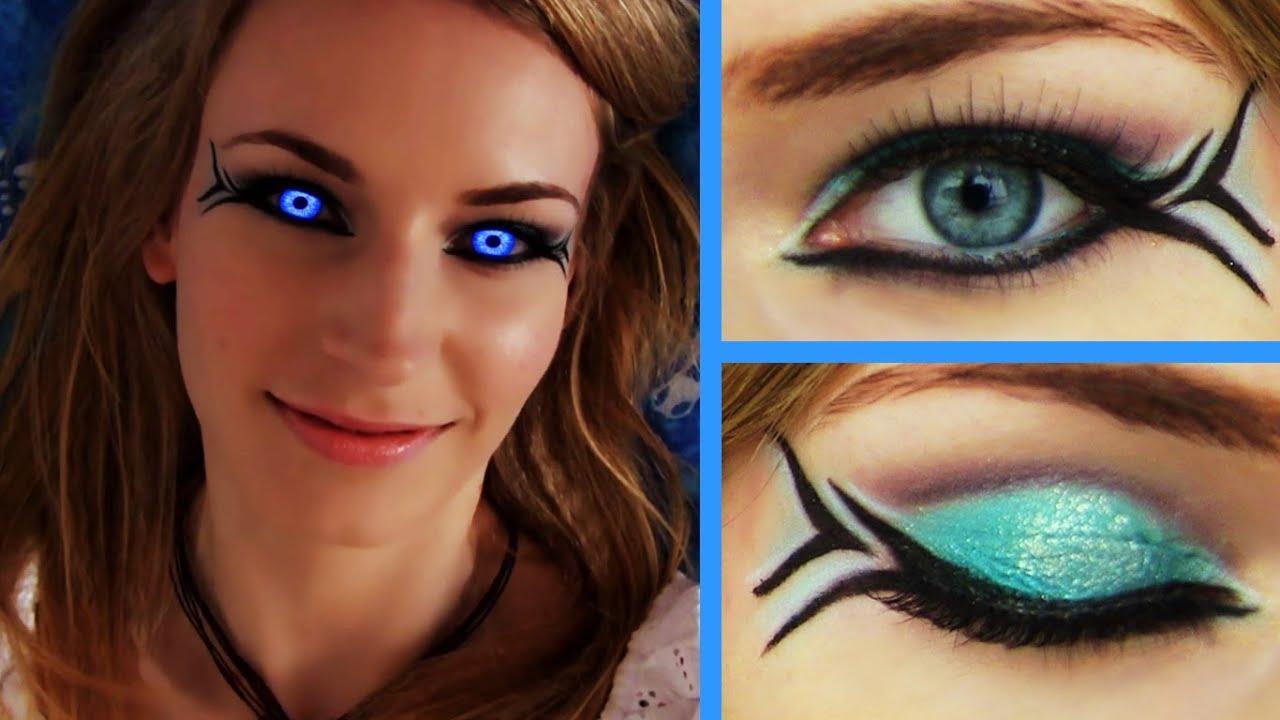 Tutorial: Makeup Mermaid-Inspired Eyeliner photos