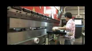 Door-frame Bending Demo./ Yeh Chiun Industrial Co., (曄俊工業)