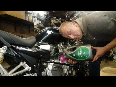 Автомобильное масло в мотоцикл. Можно лить или нет?