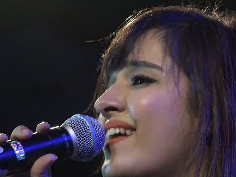 Shirley Setia in Raipur Concert Exclusive HD Video part-1