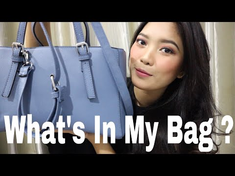 What's In My Bag ? | (Bahasa) | Shary Indriany