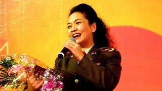 시진핑의 부인인 중국의 퍼스트 레이디 가수 펑리위엔의 끝판 노래실력