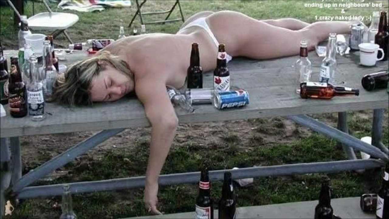 girl nude Hangover
