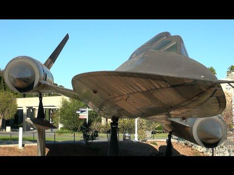 World´s fastest Aircraft | Lockheed SR 71 Blackbird | Static Display at Science Center L.A.