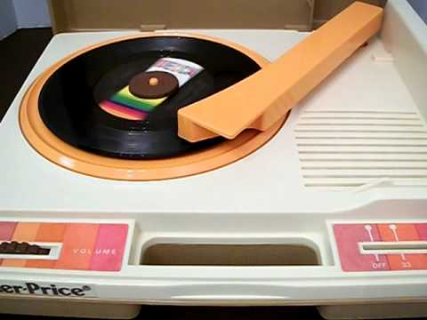 100_0038.AVI Fisher Price Record Player * 1978 Vintage * # 825 * Phonograph * NEW NEEDLE! - YouTube