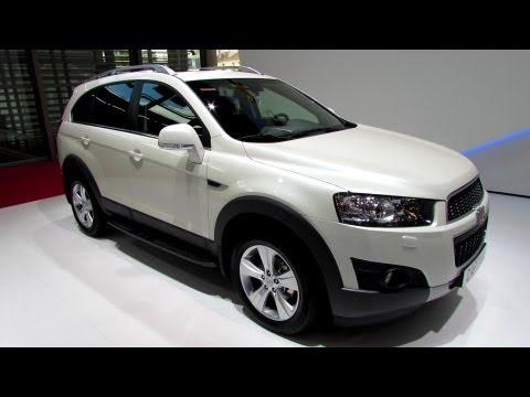 2013 Chevrolet Captiva LT Diesel - Exterior and Interior Walkaround - 2012 Paris Auto Show