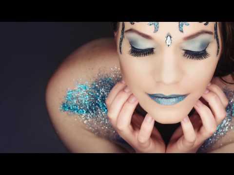 Making Of Extrem Make Up Fotoshooting mit Glitzer