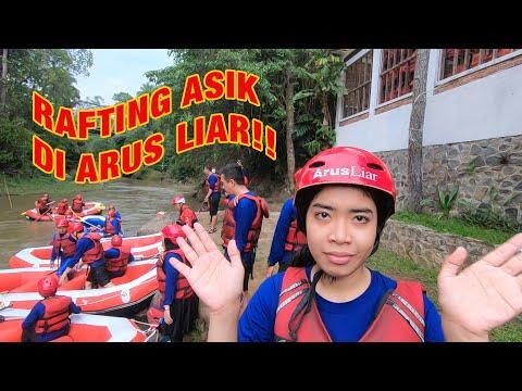 Employee Gathering Asik Di Arus Liar