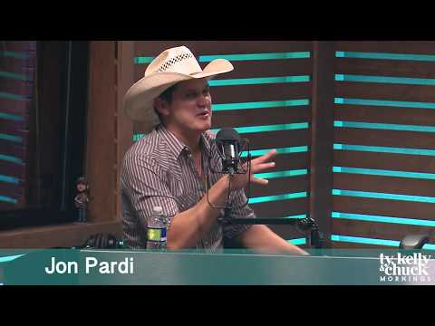 Jon Pardi Reveals How He Has Such Perfect Skin
