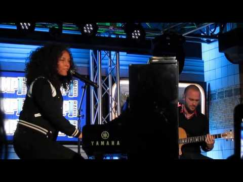 Alicia Keys - Holy War Janurary 11, 2017 Live Session