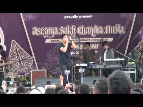 LYLA live perform SMA N1 MAOS (SHAOLIN MUSIC CILACAP)