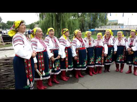 Singing Babushky at the Sorochyntsi Fair, Myrhorod, Poltavs'ka, Ukraine