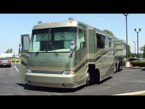 2002 Monaco Beaver Marquis 42 Foot Motor Coach 505HP CAT Diesel Dual Slideouts