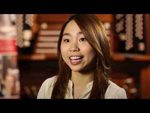 Phoebe Pham from Vietnam studied in Australia at Fairvale High School