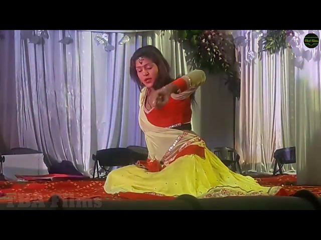 Deewani Main Deewani Best bollywood romantic video song with heart touching performance on Stage