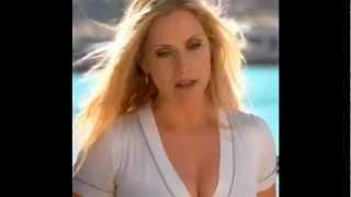 CSI Miami Emily Procter Calleigh Duquesne cleavage B