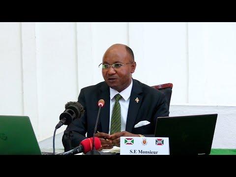 #IndundiNews| CPG Alain Guillaume Bunyoni: Abaje gucukura ubutare mu Burundi twasanze ari inzembe.