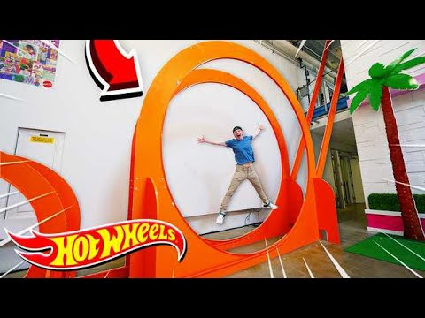WORLD'S BIGGEST HOT WHEELS LOOP! (30FT+)