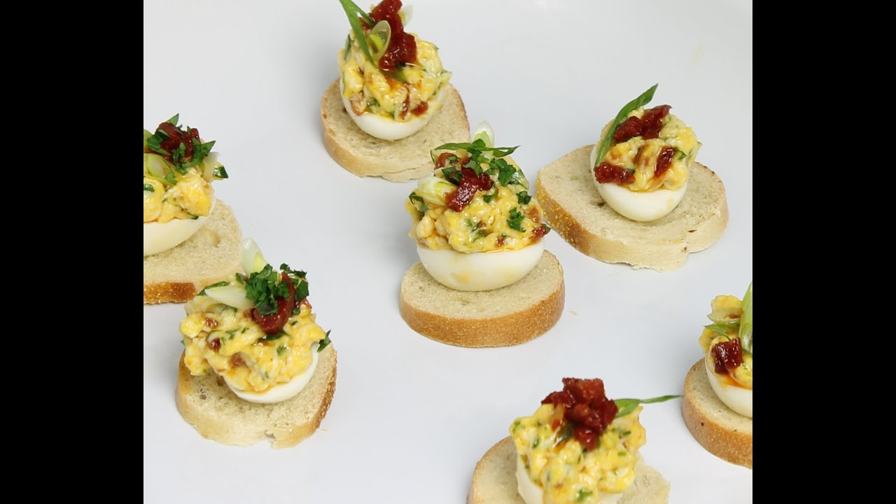 Deviled quail eggs with chorizo quail eggs amuse bouche for Canape fillings