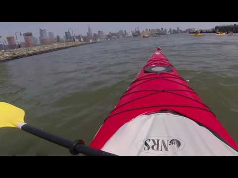 Kayaking in New York City with the Manhattan Kayak Co.