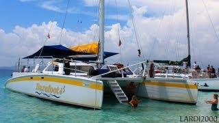 Barefoot Catamaran