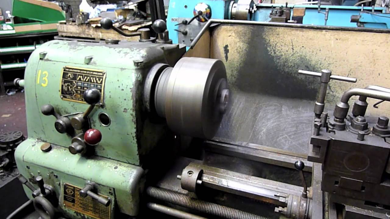 N&M Colchester Student lathe mov