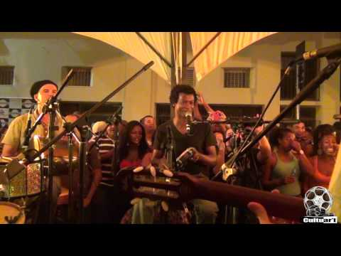 Samba de Vitrine - Quinteto em Branco e Preto - Sempre Acesa