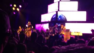 Smashing Pumpkins - Stand Inside Your Love - 05.14.13