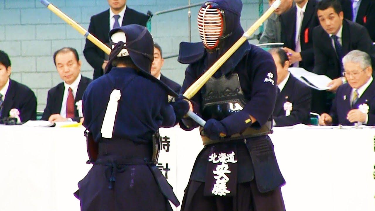 Kendo 安藤翔 × 中村直紀 (3回) 全日本剣道選手権2013-1103 - YouTube