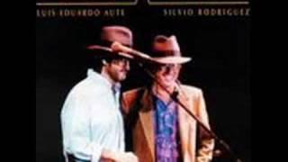 Luis Eduardo Aute y Silvio Rodriguez - La Belleza