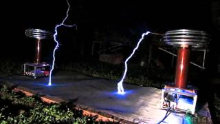 Pachelbel - Canon in D Major on Singing Tesla Coils
