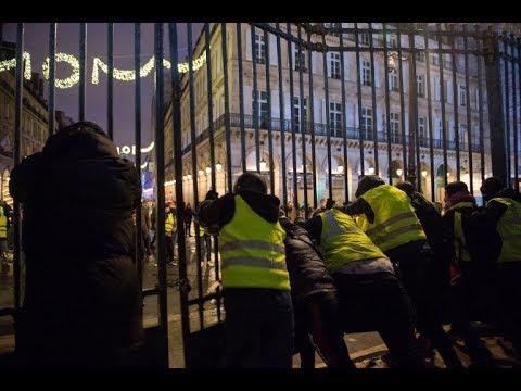 مواجهات بين مئات -المتظاهرين وقوات الأمن الفرنسية  - 20:54-2018 / 12 / 1