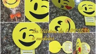emoji tarjetas de invitacion, cuatro modelos